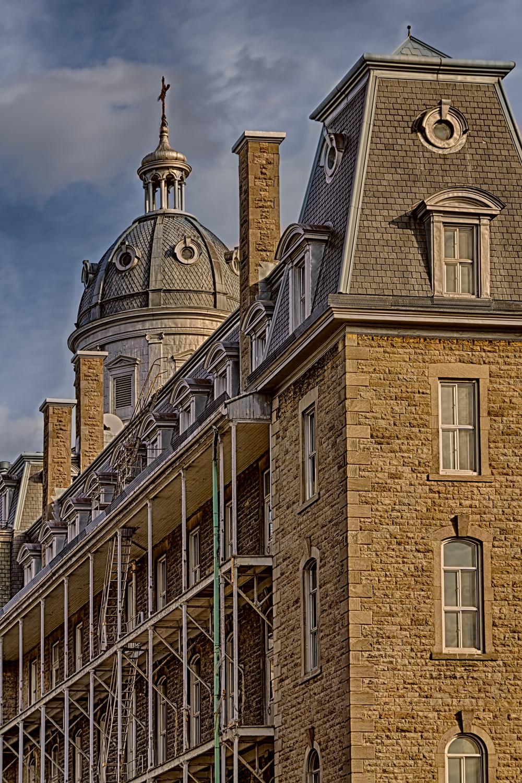20140412_Rue Roy & Saint Denis_IMG_3504_HDR-M.jpg