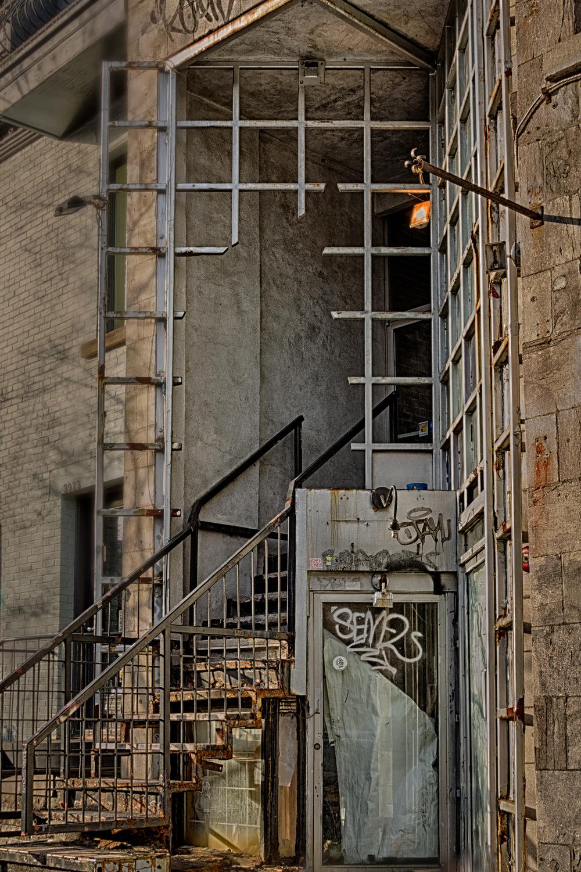 20140412_Rue Roy & Saint Denis_IMG_3549_HDR-M.jpg
