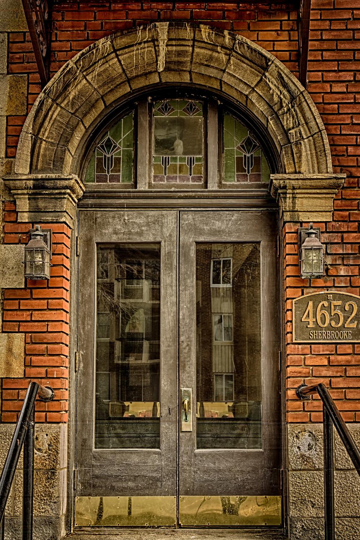 20140329_Westmount Architecture Sherbrooke & Lansdowne_IMG_3133_HDR-M.jpg