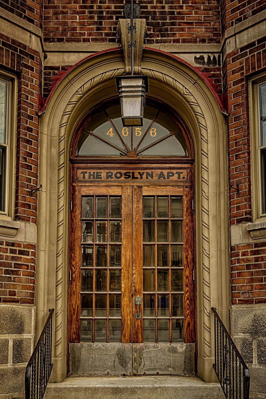 20140329_Westmount Architecture Sherbrooke & Lansdowne_IMG_3126_HDR-M.jpg