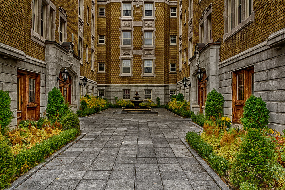 20111029_HDR Old Montreal - Westmount__MG_3097_HDR.jpg