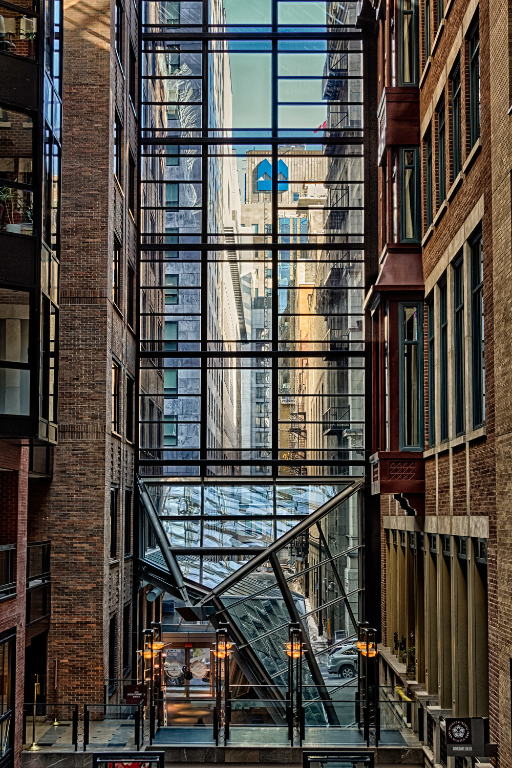 20140222_World Trade Center Montreal_IMG_2730_HDR.jpg