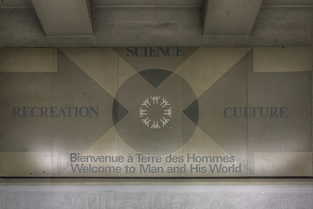 20150131_Berri Metro-UQAM-Grande Bibliothèque_IMG_0403hdr-M.jpg