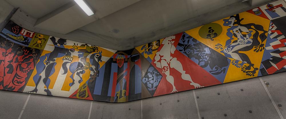 20150131_Berri Metro-UQAM-Grande Bibliothèque_IMG_0409hdr-M.jpg