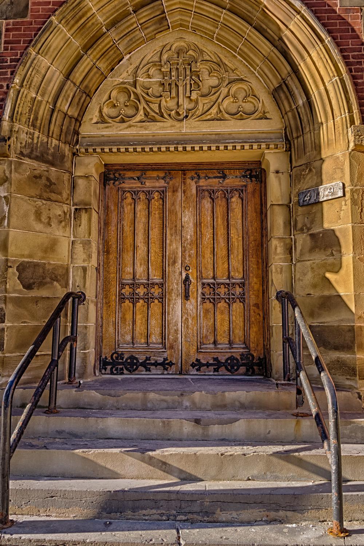 20131207_Doors-Maisonneve near Wood St.__MG_2007_HDR.jpg