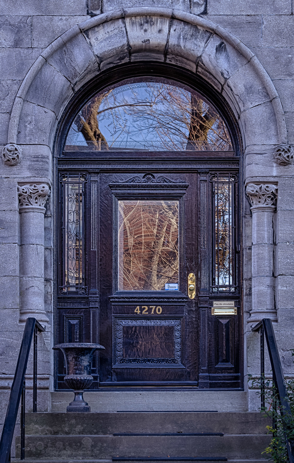 20131207_Doors-Maisonneve near Wood St.__MG_2074_HDR-Edit.jpg
