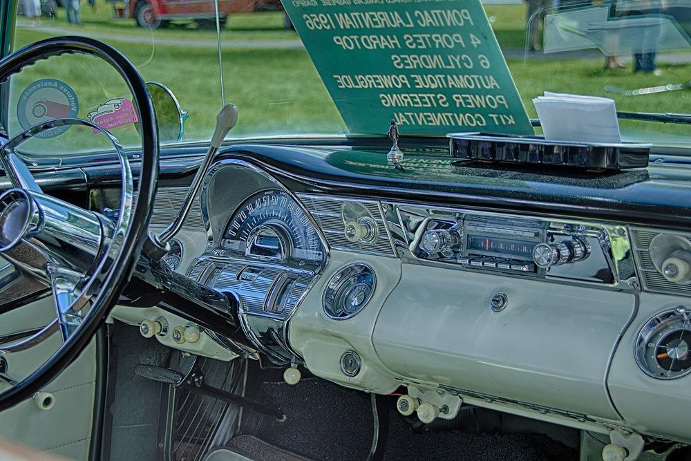 20130804_Baie D'Urfe Vintage Car & Truck Show_IMG_0747_HDR-Edit.jpg