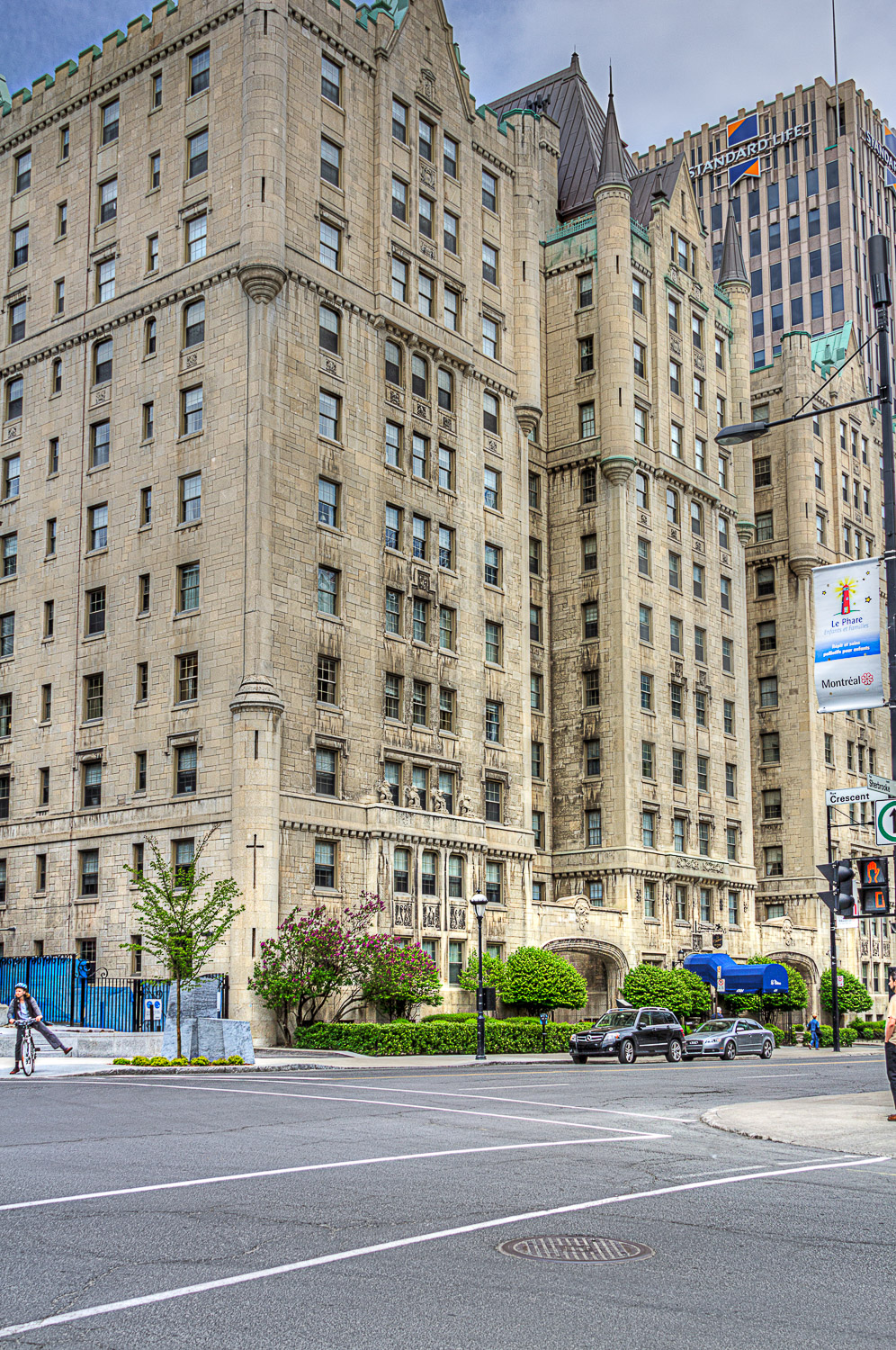 20120512_Montreal in HDR__MG_6486_87_89_90_95_96_X.jpg