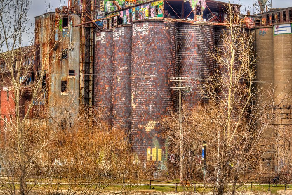 20120407_Grafittied & Old Buildings__MG_5728_29_30_32_33_35_36_X.jpg
