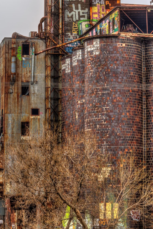 20120407_Grafittied & Old Buildings__MG_5791_2_4_5_6_7_8_X.jpg
