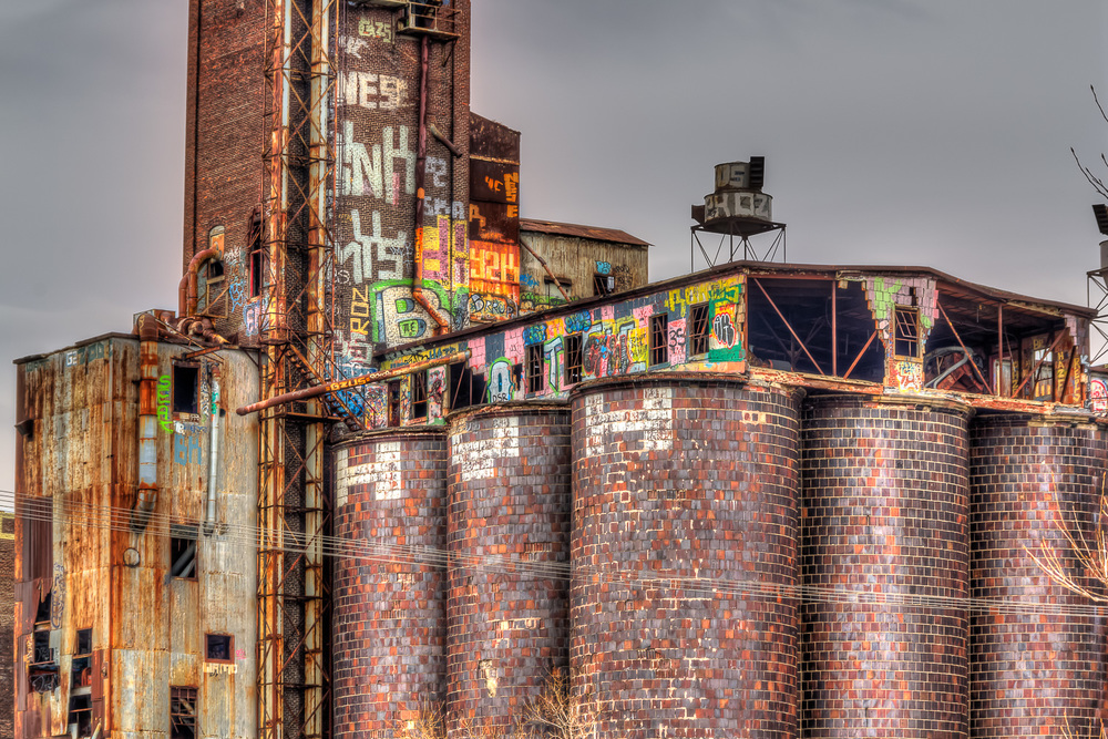 20120407_Grafittied & Old Buildings__MG_5772_73_74_76_77_79_80_X.jpg