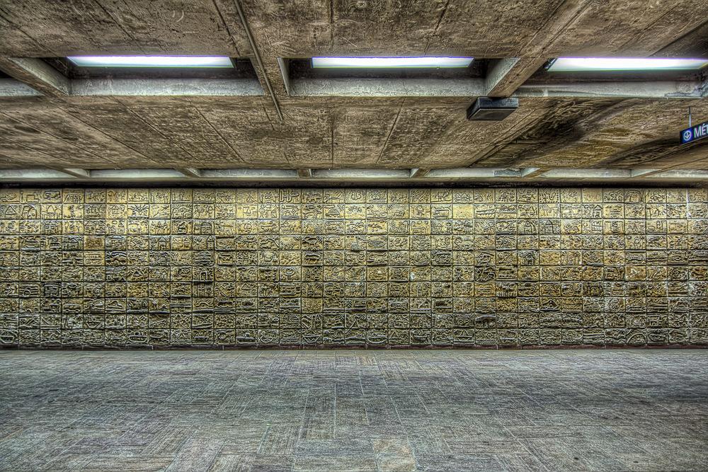 150307_Henri Bourassa Metro  & Art_IMG_0601hdr-M-2.jpg