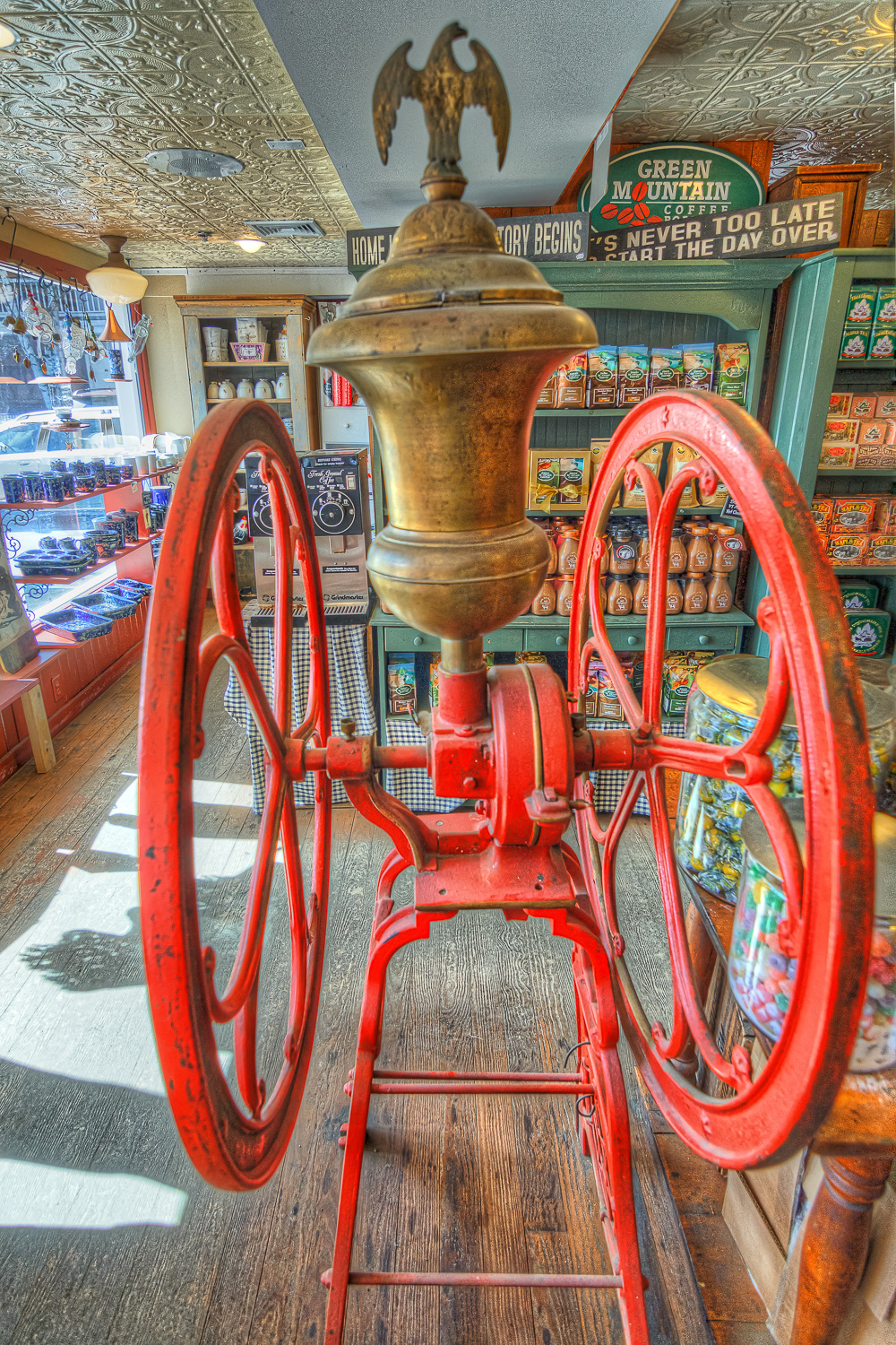 Stowe & Church Street Market Place_Easte Visit to Vermont _0023hdr-M.jpg