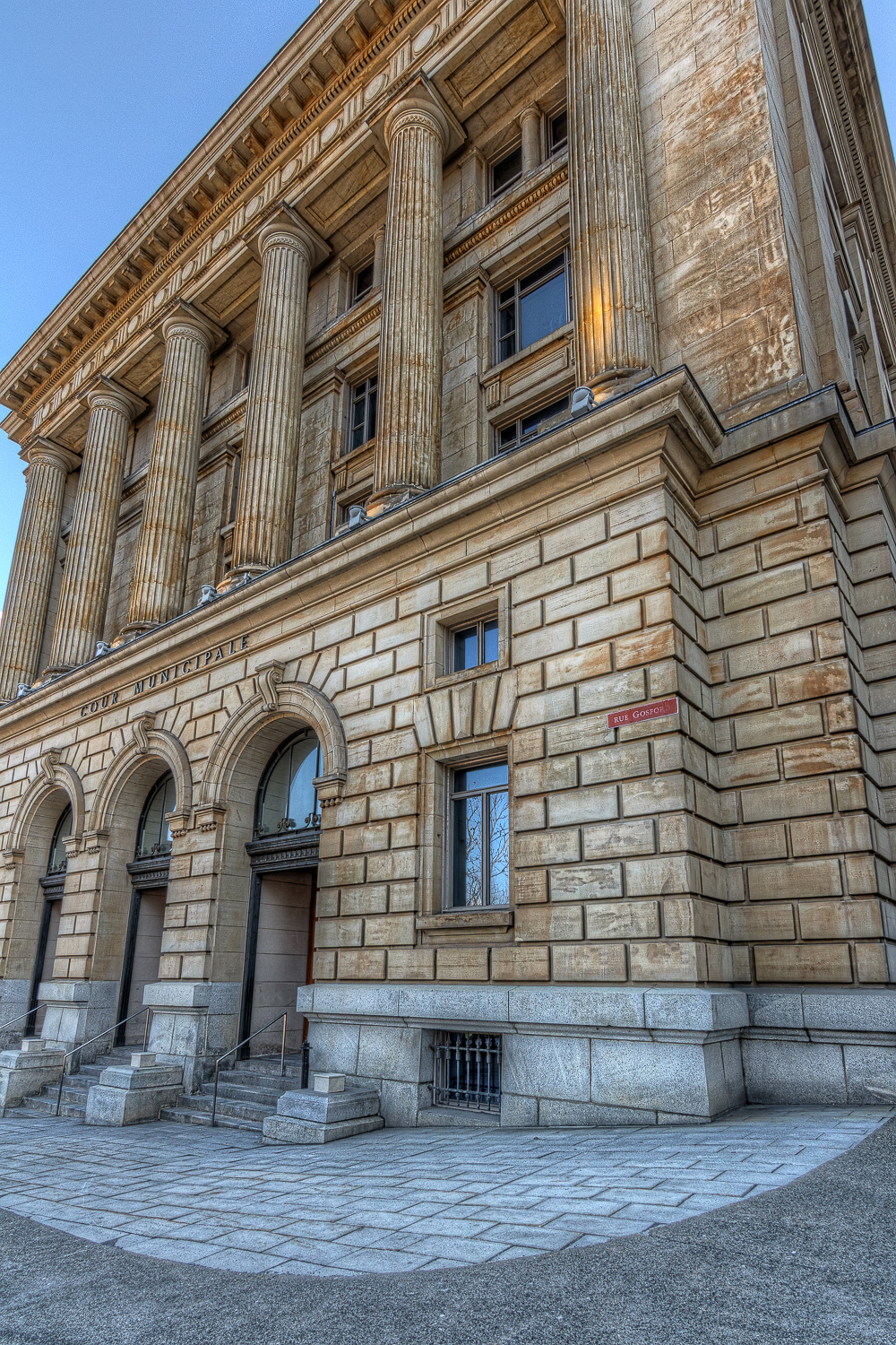 City Hall_Marché Bonsecours_Municipal Court _Architecture Old Montreal_0001hdr-M.jpg