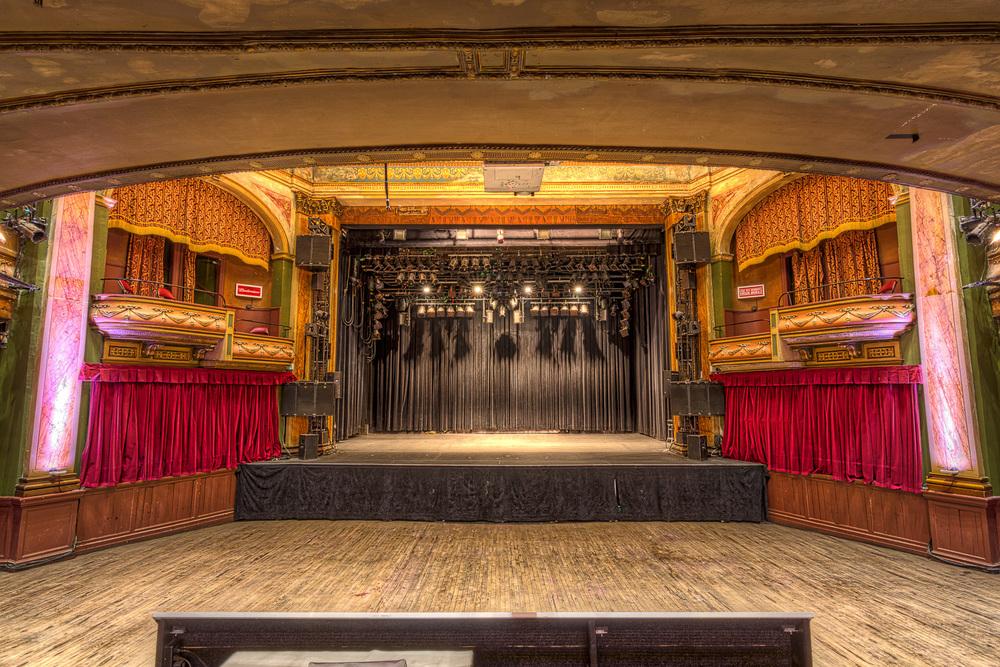 Virgin Mobile_Corona Theater_0074hdr-M.jpg