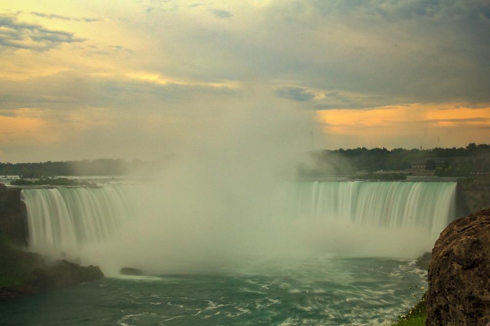 2015-07_19_Niagara Falls_The Falls_0056-M.jpg