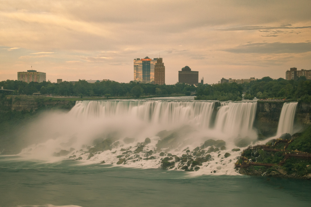 2015-07_19_Niagara Falls_The Falls_0053-M.jpg