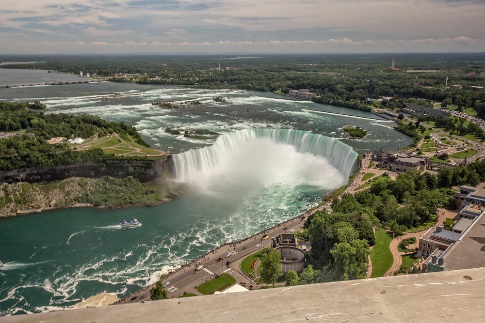 2015-07_20_Niagara_Day 2_Military Road & Skylon Tower_0002.jpg