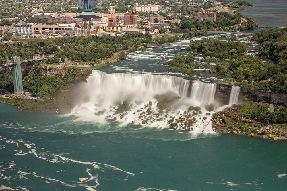 2015-07_20_Niagara_Day 2_Military Road & Skylon Tower_0023.jpg