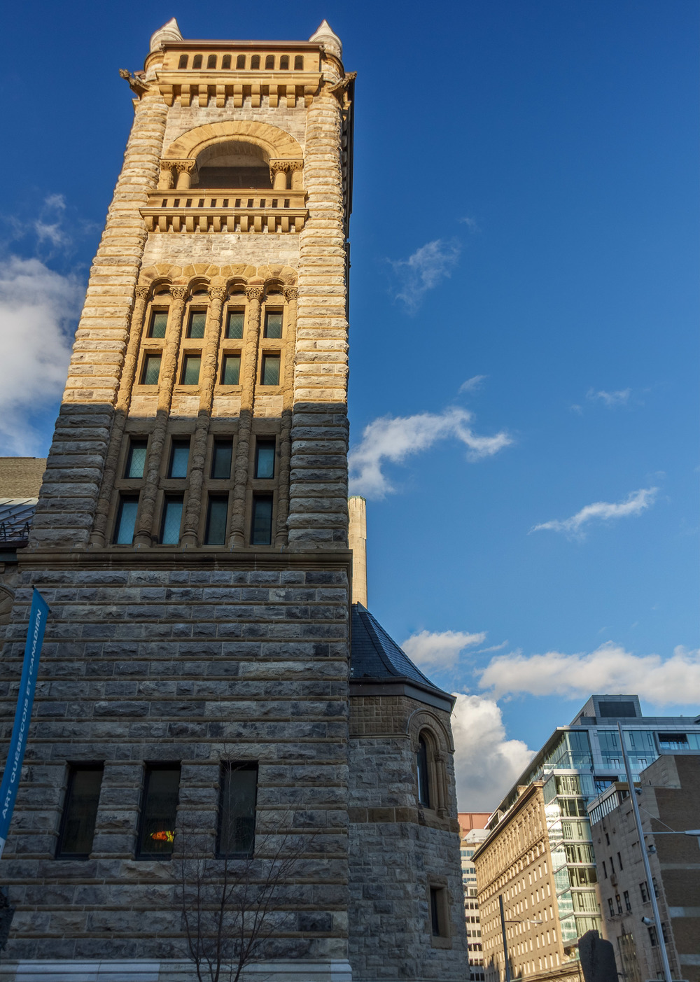 Architecture--Sherbrooke&Crescnet-22-HDR-M.jpg