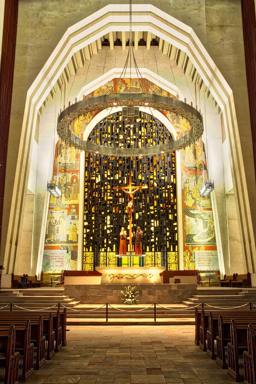 20140308_St. Joseph's Oratory_IMG_2905_AuroraHDR_HDR.jpg