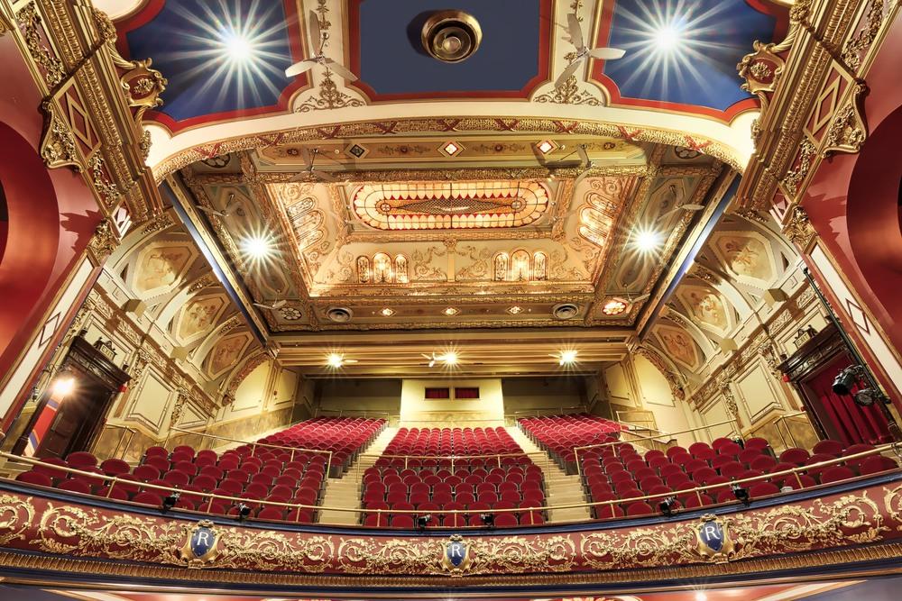 Montreal Architechture_Rialto Theatre_0072_AuroraHDR_HDR-M.jpg