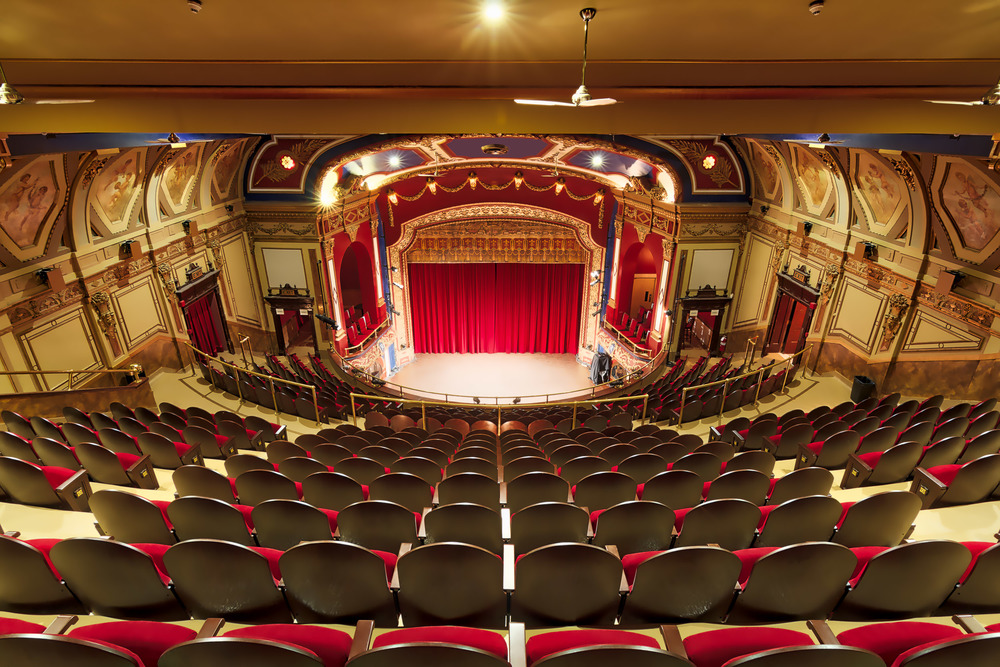 Montreal Architechture_Rialto Theatre_0080_AuroraHDR_HDR-M.jpg