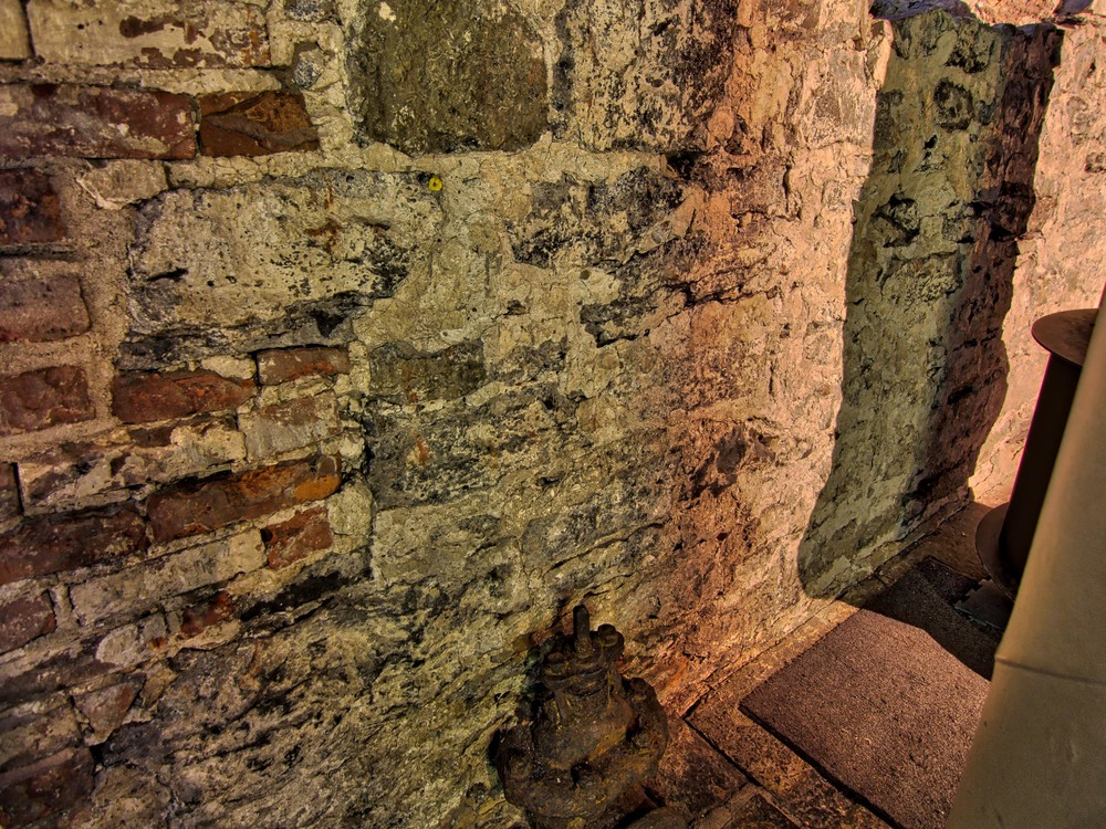 Pointe à Callière Museum-4_AuroraHDR_HDR.jpg