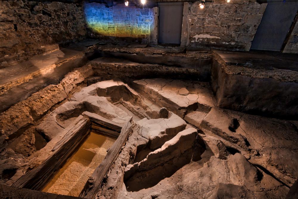 Pointe à Callière Museum-13_AuroraHDR_HDR.jpg