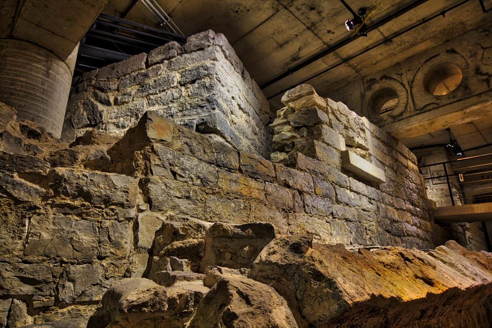 Pointe à Callière Museum-29_AuroraHDR_HDR.jpg