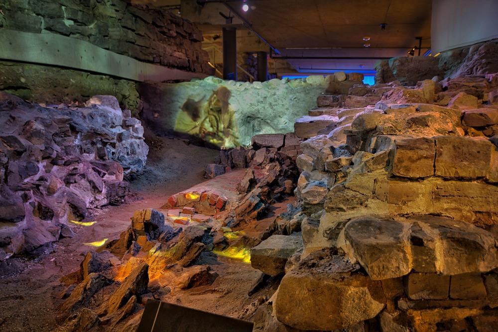 Pointe à Callière Museum-42_AuroraHDR_HDR.jpg
