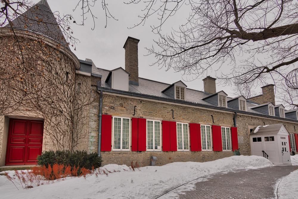 Chateau Ramezay-78_AuroraHDR_HDR.jpg