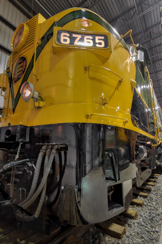 Exporail Train Museum-32_AuroraHDR_HDR-Edit.jpg