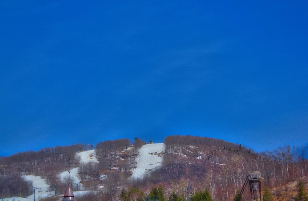 Mont Tremblant-4_AuroraHDR_HDR.jpg