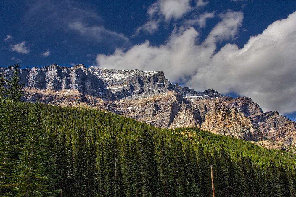 Lake Louise_Lake Moraine_Banff-187_AuroraHDR_HDR.jpg