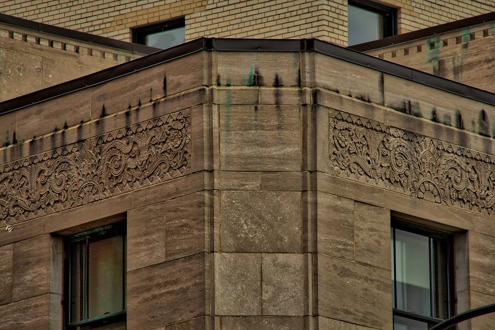 Rue Notre Dame near Bell Center-37_AuroraHDR_HDR.jpg