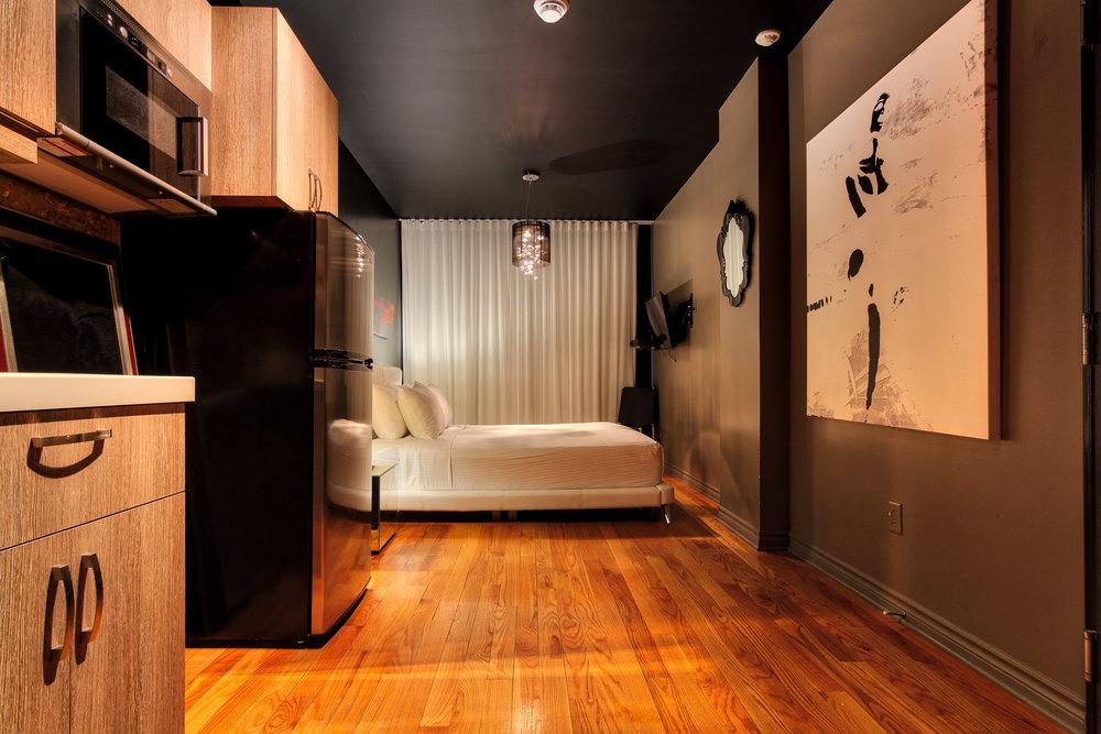 Drummond Hotel Set 2-30_Aurora2017_HDR.jpg