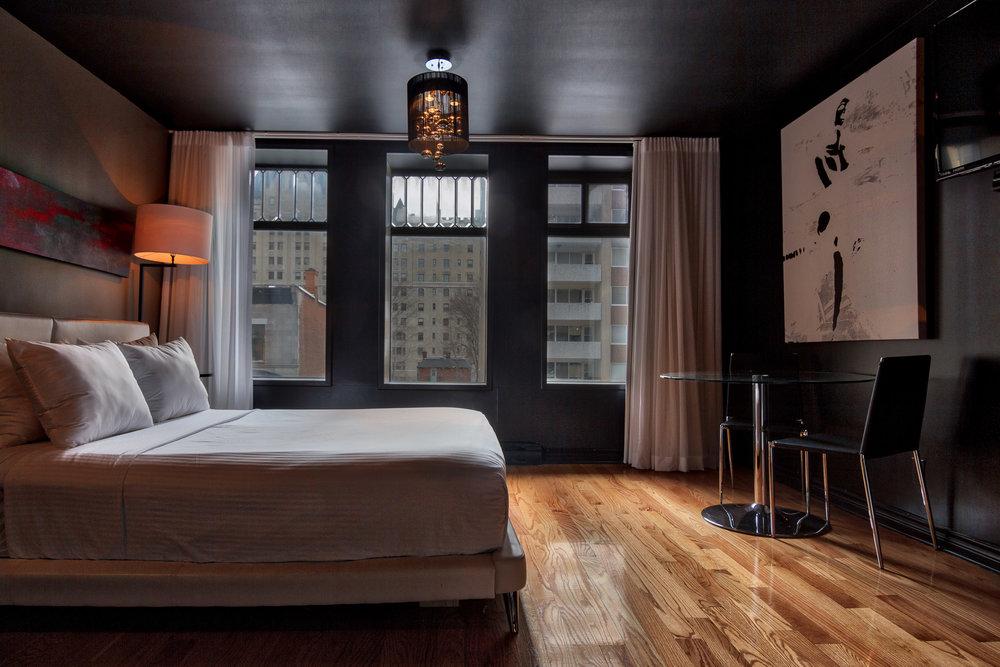 Drummond Hotel Set 2-204_Aurora2017_HDR.jpg