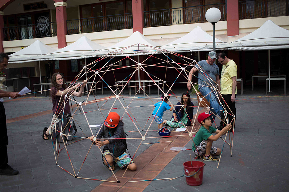 Building the Geodesic Dome