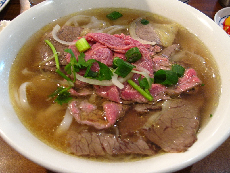 """Pho-Beef-Noodles-2008"" by Kham Tran - www.khamtran.com - Own work.  Licensed under CC BY 3.0 via Commons"