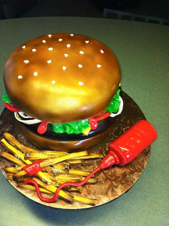 CAKE CHIC STUDIO 2.jpg