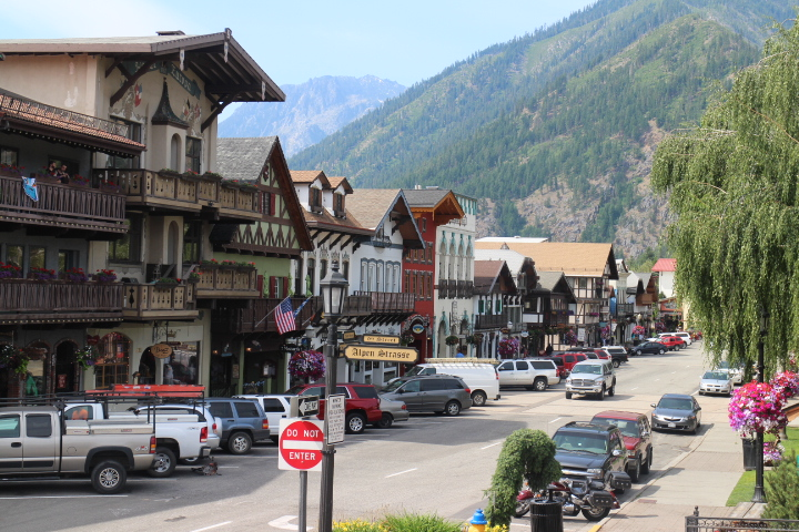 LEAVENWORTH - Charming Bavarian village nestled in the foothills.