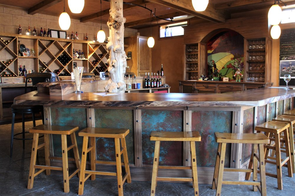 WINE TASTING - Wine tasting in Wenatchee will take you to quaint tasting rooms with spectacular views of the valley and to the downtown core with a lively atmosphere of restaurants and shops. You'll want to check each winery first to see what their seasonal hours may be.