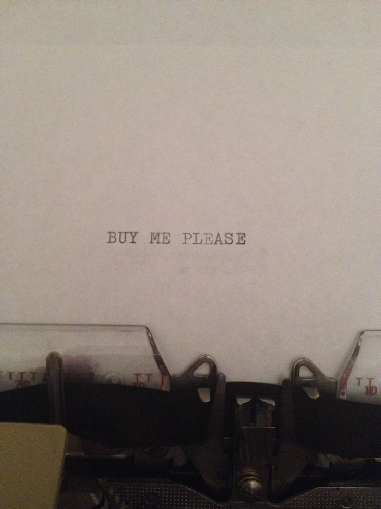 "hello-i-work: auction Blog devoted to ""Demonstrative messages from typewriters on eBay."""