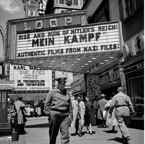 calumet412 :      Untitled (State Street) , 1961, Chicago. Vivian Maier