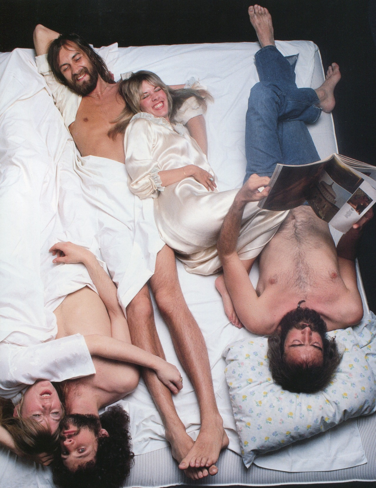 alexsegura :      ATTN: @brandyxphillips: Fleetwood Mac photographed by Annie Leibovitz, 1977      More Fleetwood Mac on my dashboard please.