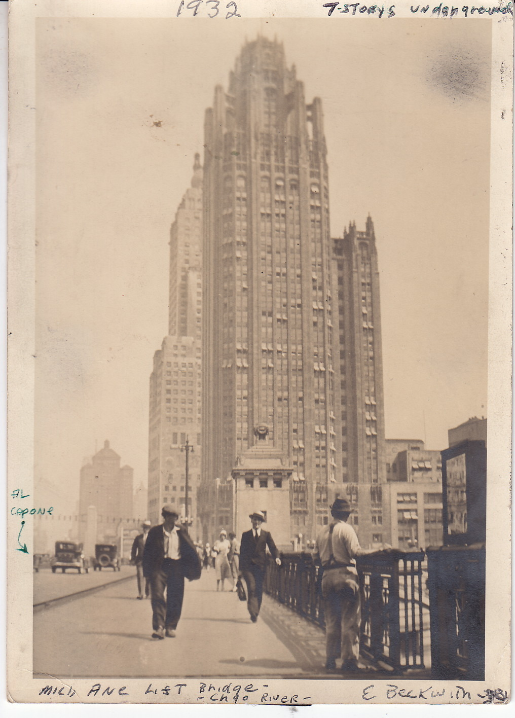 calumet412 :     Looking north from the Michigan Ave Bridge toward the Tribune Tower, 1932, Chicago