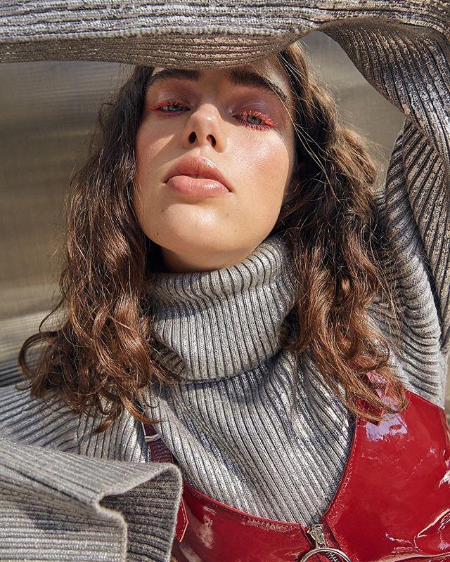 💕 . . . #photographerinla #editorial #magazine #photoshoot #streetstyle #glossier #portrait #coollashes #pinkmakeup #beauty