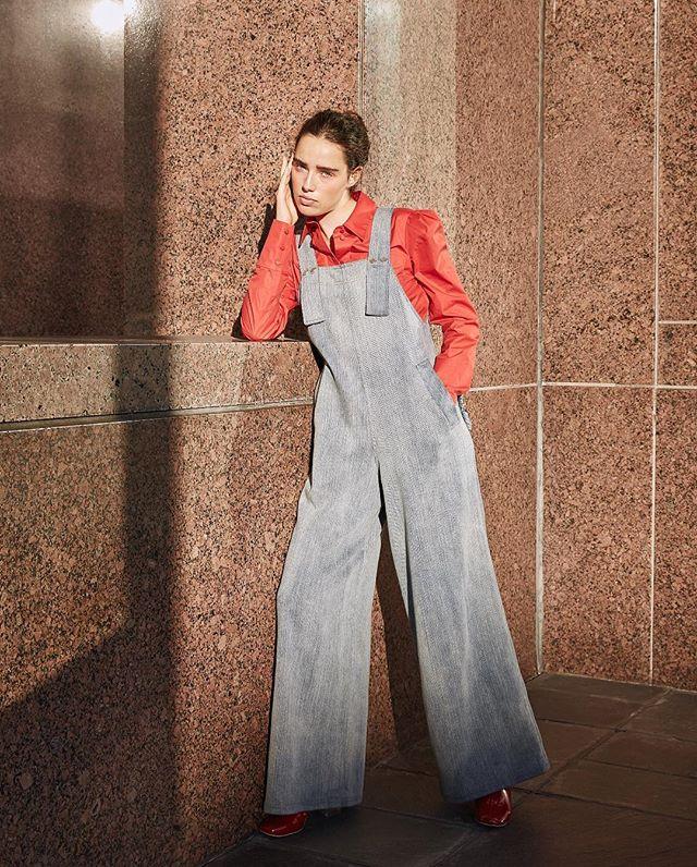 Shaped by light. Photo by me @a_ophoto Model @robinvanhalteren Stylist @malinagirl16 😘 Makeup @maddienorthmakeup . . . #laphotographer #editorial #minimal #streetstylela #overalls #denim #red #magazine #photoshoot #model #streetstylefashion #losangeles #designerclothes #fashionphoto