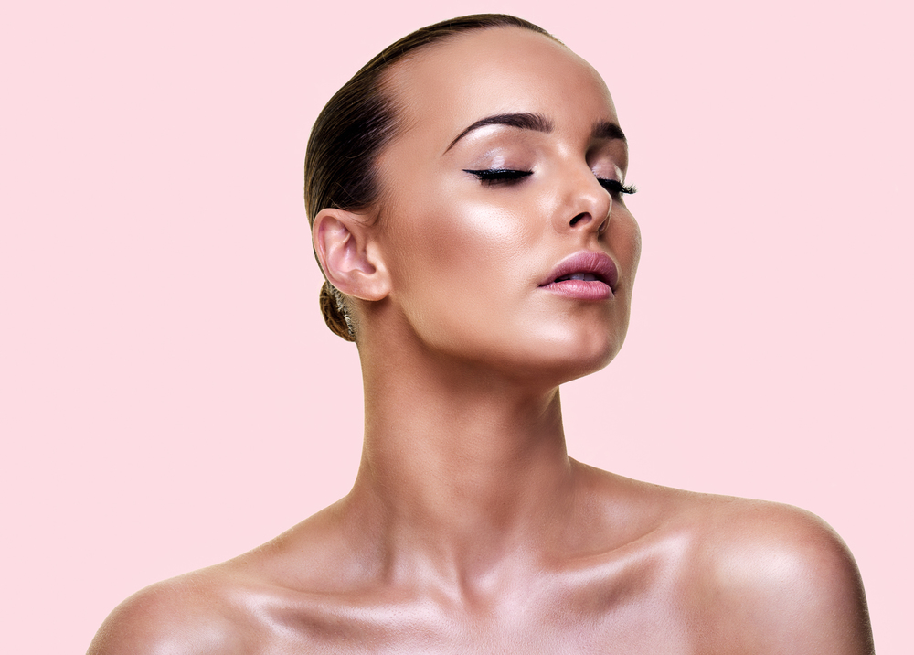 pretty in pink // flawless dewy glow created by Jessica Cagney makeup artist.